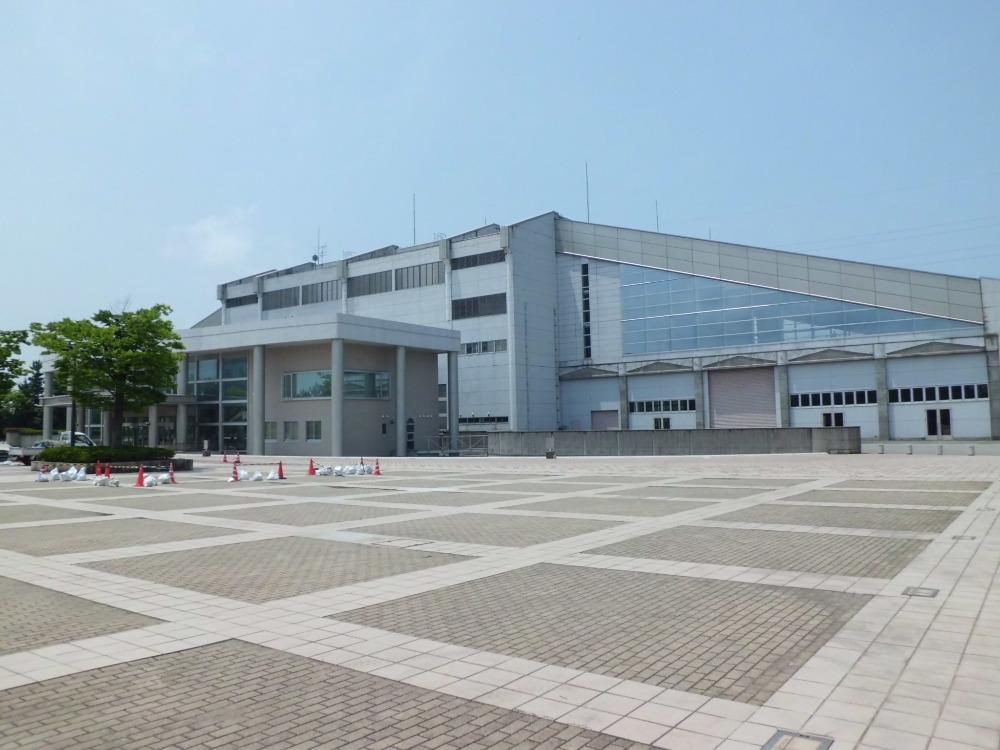 西部緑地公園            石川県産業展示館            県立野球場            陸上競技場